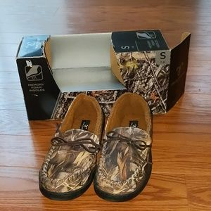 True Timber Cano slippers slip ons Sz S 7/8 NIB